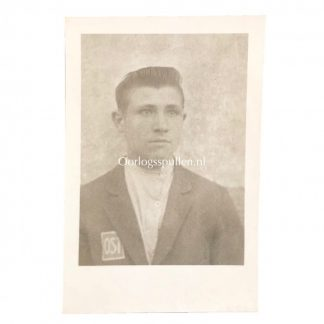 Original WWII German OST Arbeiter (forced labour) pass photo