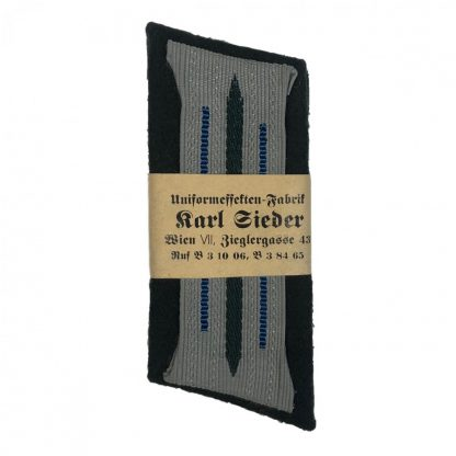 Original WWII German medical collar tabs