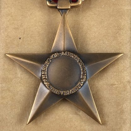 Original WWII US complete box full of 100 Bronze stars – 1944