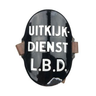 Original WWII Dutch 'Luchtbeschermingsdienst' arm shield Uitkijk Dienst