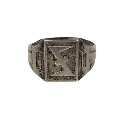 Original WWII Dutch SS ring Originele WWII Nederlandse SS wolfsangel ring