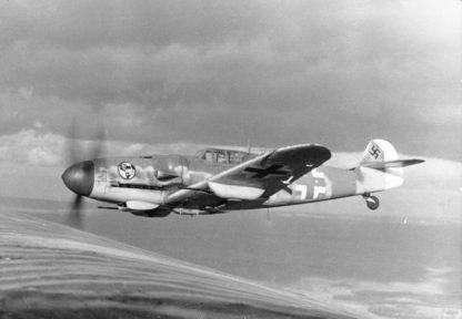 Original WWII German Luftwaffe Messerschmitt Bf 109G propeller blade