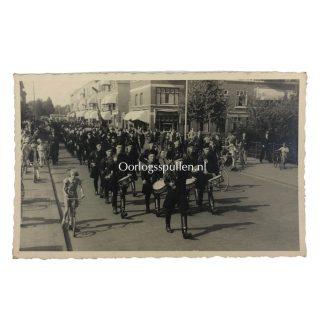 Original WWII Dutch NSB marching photo Originele WWII Nederlandse NSB mars foto