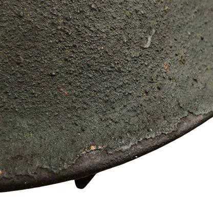 Original WWII Dutch M41 camouflage KNIL helmet Originele WWII Nederlandse M41 gecamoufleerde KNIL helmet