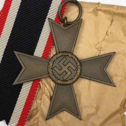 Original WWII German War merit Cross without swords – 1 Deschler Origineel WWII Duits kriegsverdiensten kruis – 1 Deschler