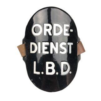 Original WWII Dutch 'Luchtbeschermingsdienst' arm shield Orde Dienst
