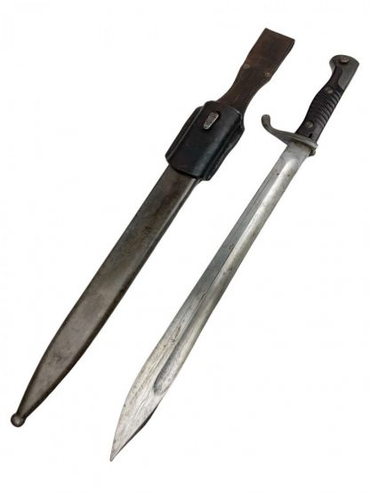 Original WWI Mauser 98 S98/05 'Butcher' Bayonet 1915 with frog