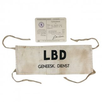 Original WWII Dutch 'Luchtbeschermingsdienst' armband and ID card Grijpskerk