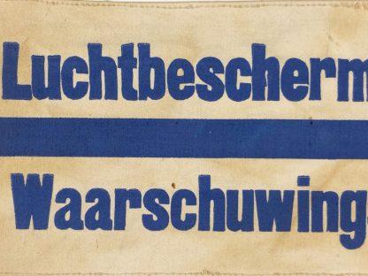 Original WWII Dutch 'Luchtbeschermingsdienst' warning department