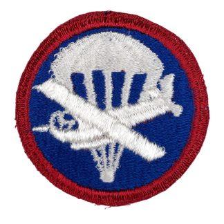 Original WWII US Airborne & Glider cap insignia