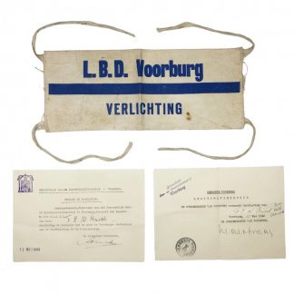 Original WWII Dutch 'Luchtbeschermingsdienst' armband and documents Voorburg May 1940