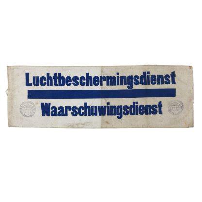Original WWII Dutch 'Luchtbeschermingsdienst' Warning department armband Leerbroek