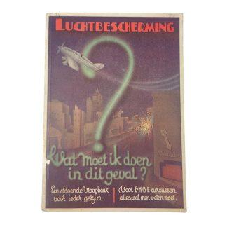 Original WWII Dutch 'Luchtbescherming' information booklet