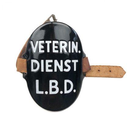 Original WWII Dutch 'Luchtbeschermingsdienst' arm shield Veterinaire Dienst