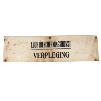 Original WWII Dutch 'Luchtbeschermingsdienst' nursing armband
