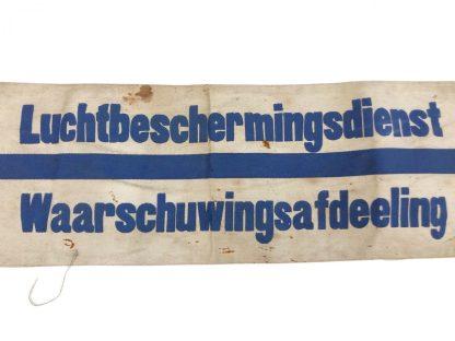 Original WWII Dutch 'Luchtbeschermingsdienst' Uitkijk en Luisterdienst armband