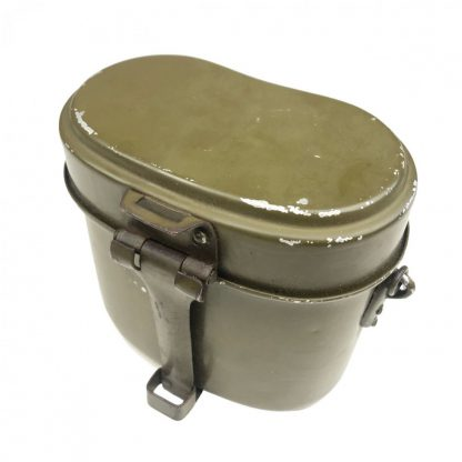 Original WWII German M42 mess tin 1944