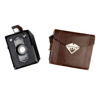 Original WWII German 'Zeiss Ikon Box-Tengor' camera with pouch