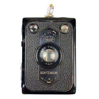 Original WWII German 'Zeiss Ikon Box-Tengor' camera