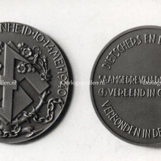 Original WWII Dutch NSB photo – Lotsverbondenheid medal