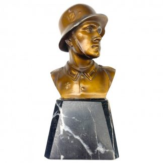 Original WWII German WH soldier buste