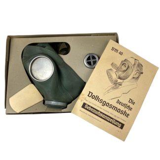 Original WWII German Luftschutz Volksgasmaske in box