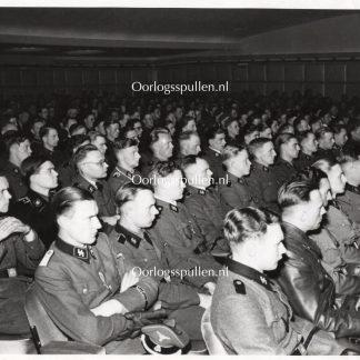Original WWII Dutch Waffen-SS large photo 'Niederländischen Tscherkassy-Kämpfer in Utrecht'